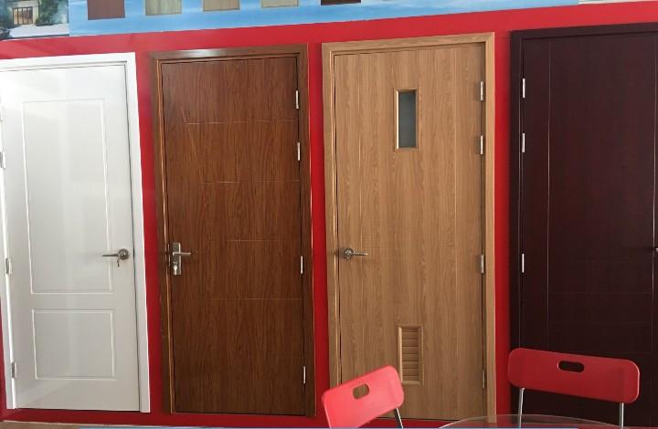 Mẫu cửa nhựa gỗ Composite KingDoor